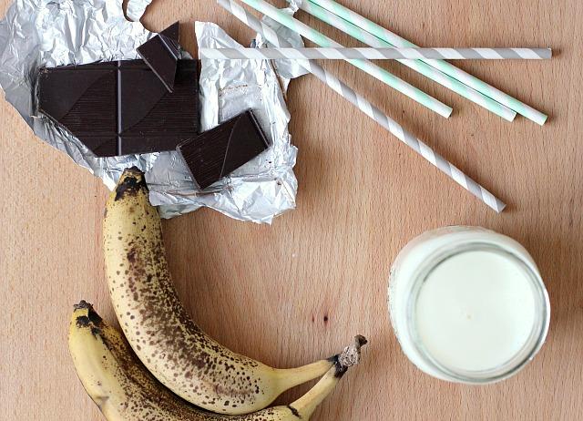 banana milkshake 02