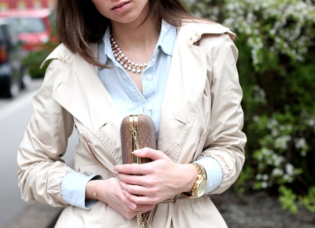 massimo dutti jacket, hallhuber clutch, MK watch