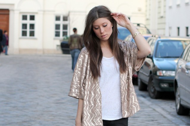 POE sequin kimono via Girissima.com