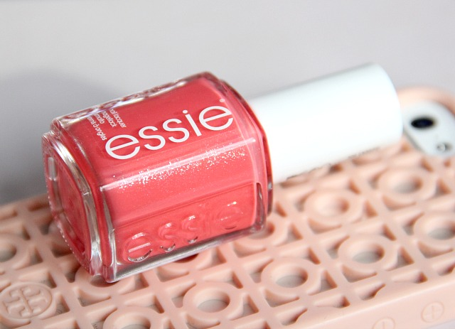 Essie sunday funday nail polish