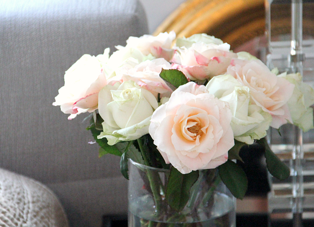 Our Bedroom: Fresh Roses