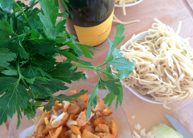 RECIPE: seasonal pasta with chanterelles   Bikinis & Passports
