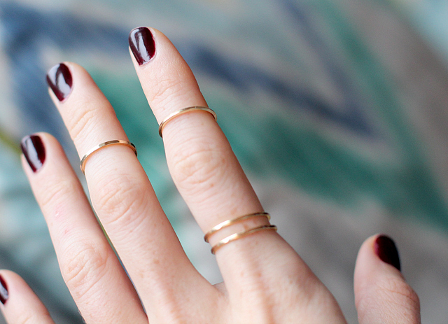 0d55dc1a7 NEW IN: delicate knuckle rings - Bikinis & Passports