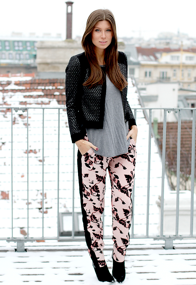 Girissima.com Look: French Connection pants, Custommade jacket, Nine West booties, Wilfred t-shirt