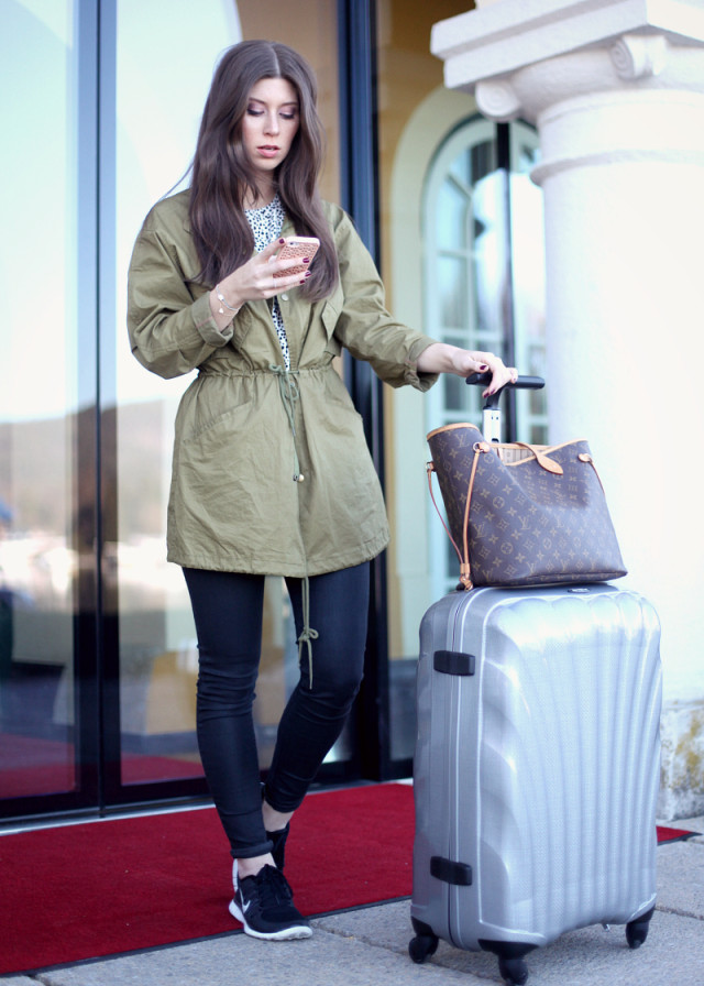 OUTFIT: travel with me & Samsonite