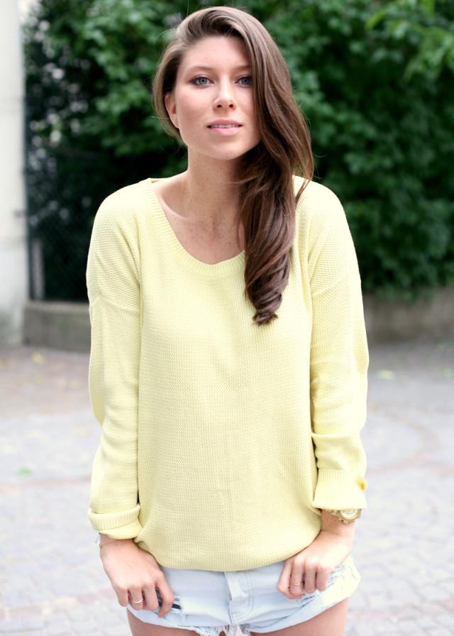 GIRISSIMA.com yellow Dr Denim sweater