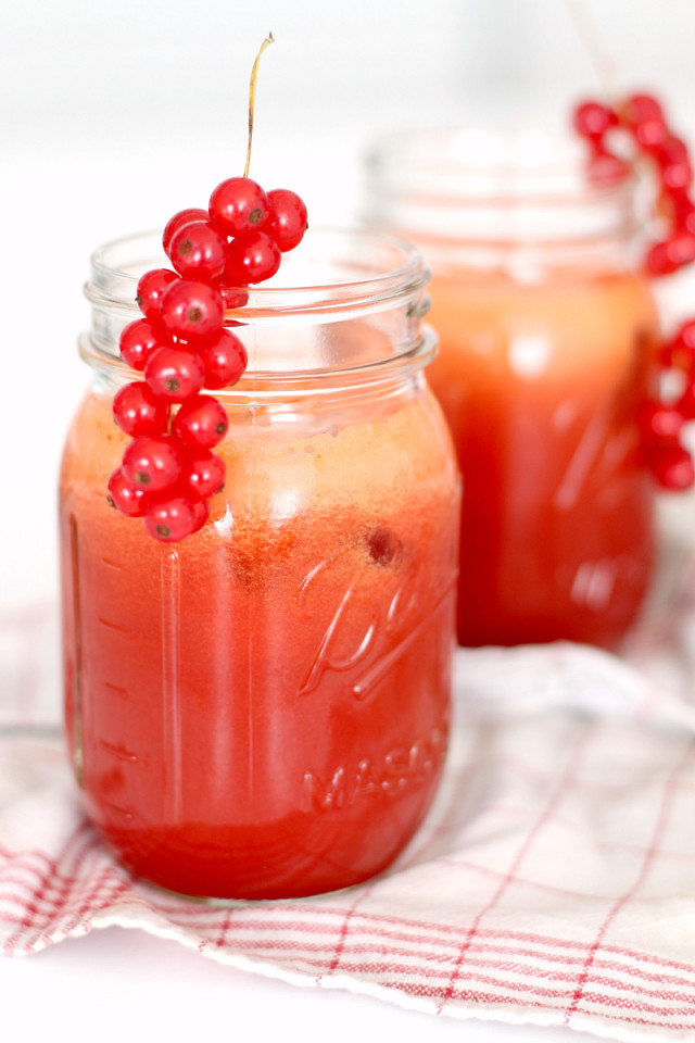 RECIPE: Red Juice with Watermelon & Beetroot