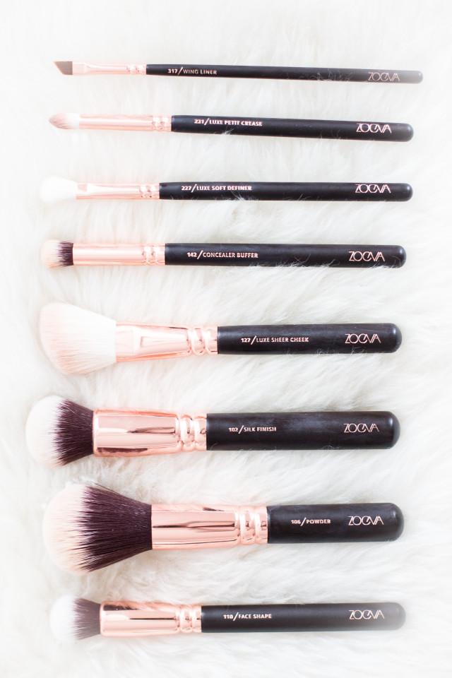 ZOEVA rose golden luxury brush set - Bikinis & Passports