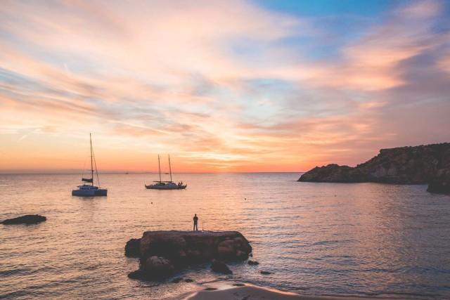 amazing sunset in Ibiza | Bikinis & Passports