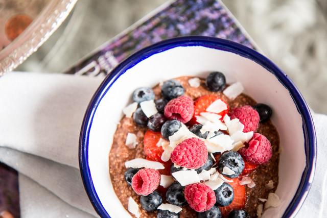 Recipe: Healthy Chocolate Porridge   Bikinis & Passports