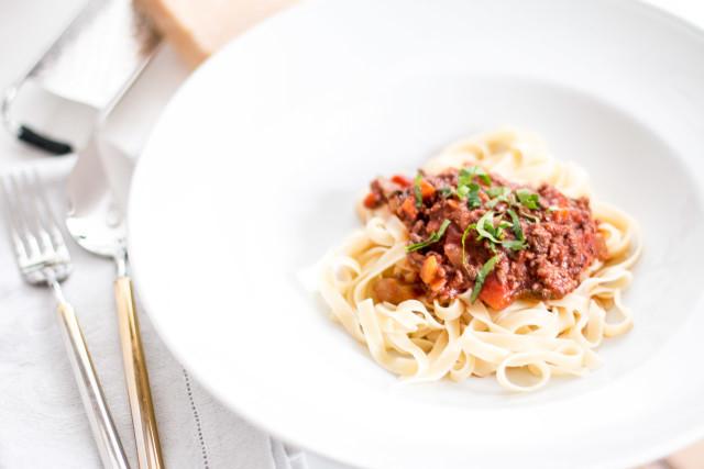 Meals & Coke: Spaghetti Bolognese Recipe | Bikinis & Passports