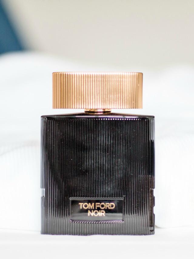Advent Calendar Day 15: Tom Ford Noir pour Femme | Bikinis & Passports