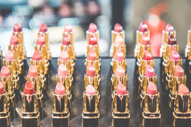 Beauty Talk: World Duty Free Shopping   Bikinis & Passports