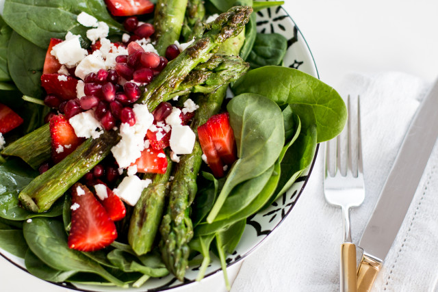 asparagus-strawberry-salad-15