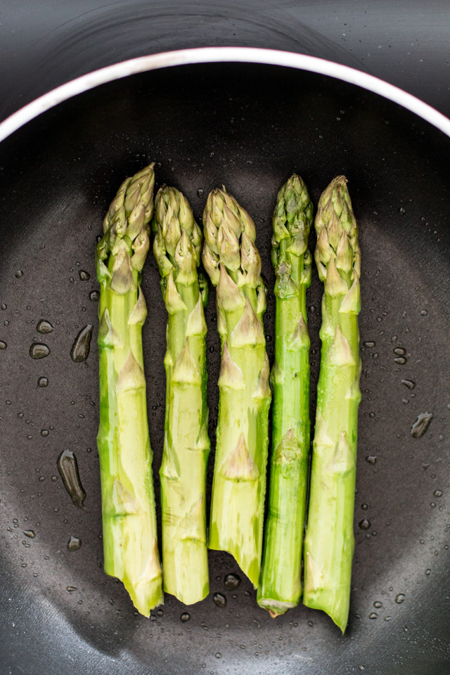 asparagus-strawberry-salad-5