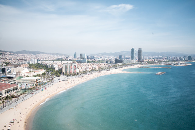 HOTEL REVIEW: W Barcelona | Bikinis & Passports