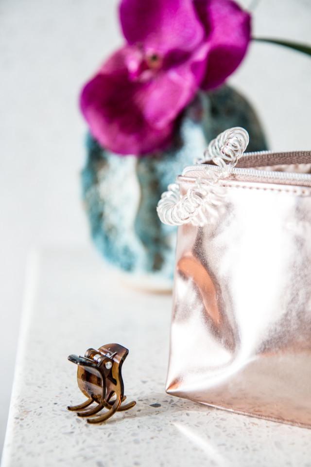BEAUTY: what's in my make-up bag? + summer make-up essentials | Bikinis & Passports