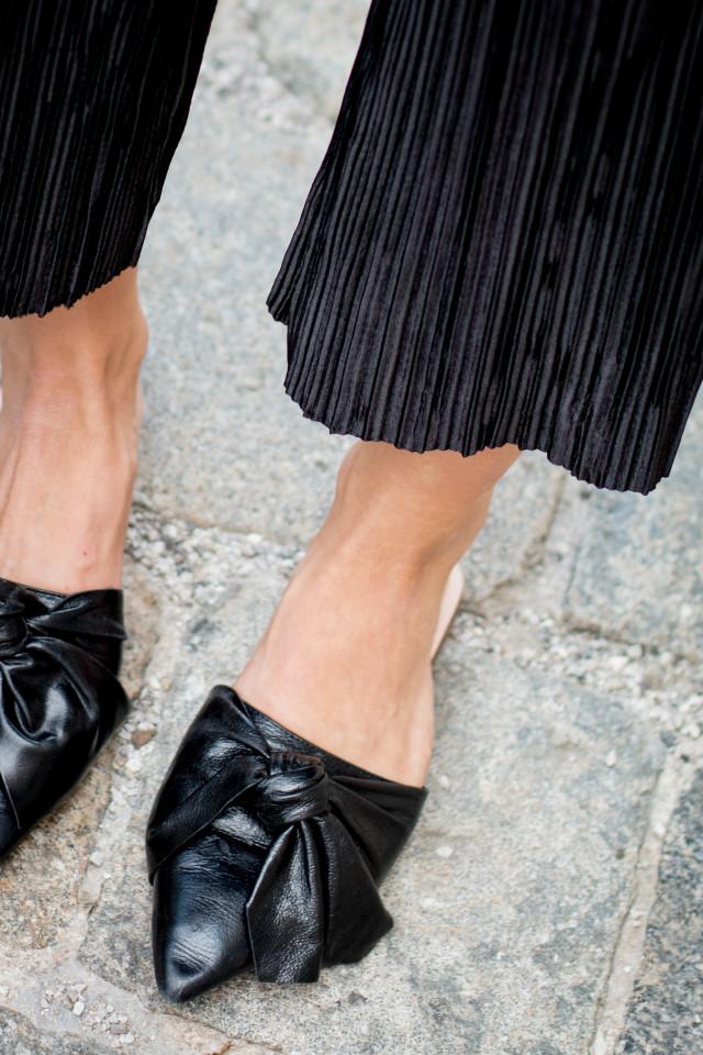zara-plisse-culottes-black-20