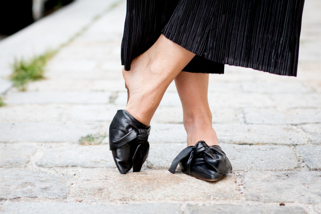 zara-plisse-culottes-black-21