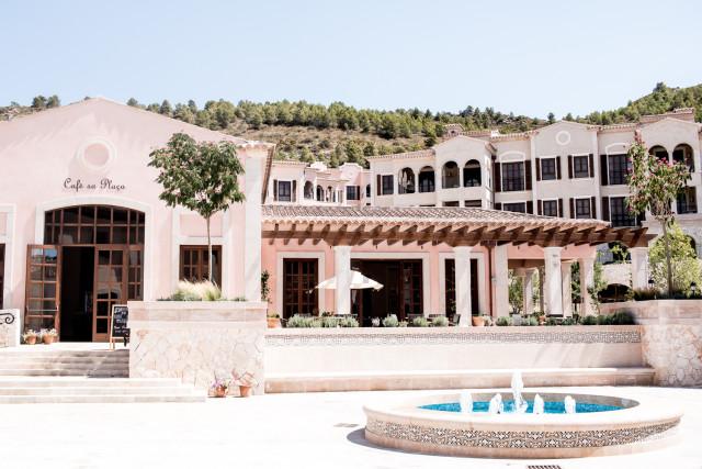 Hotel Review Park Hyatt Mallorca - Cap Vermell | Bikinis & Passports