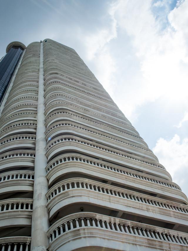 Hotel Review Tower Club at lebua   Bikinis & Passports