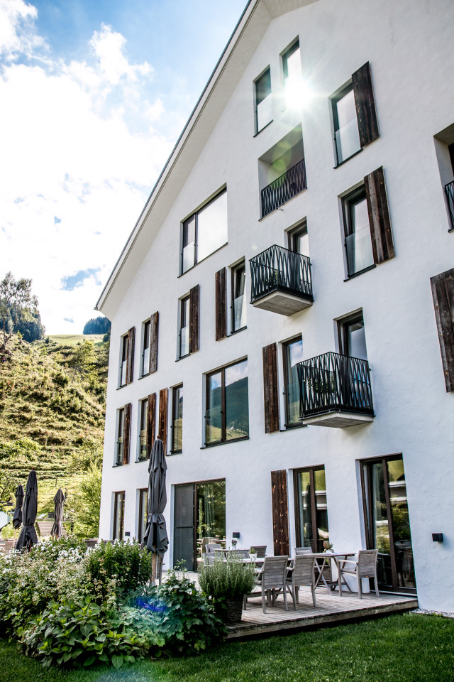 Hotel review wiesergut saalbach hinterglemm bikinis for Boutique hotel saalbach