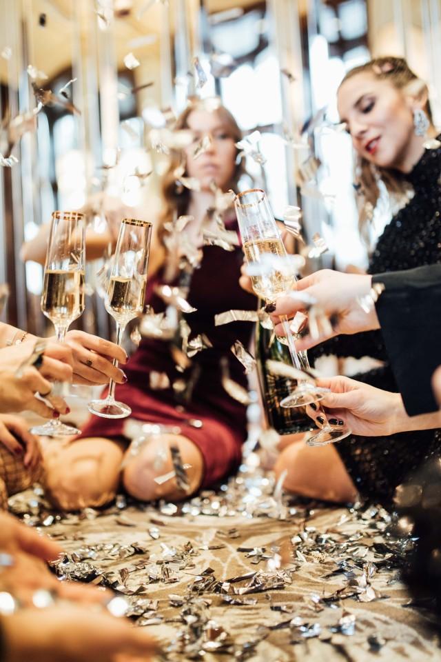 Celebrate The Now: Moët Moment   Bikinis & Passports