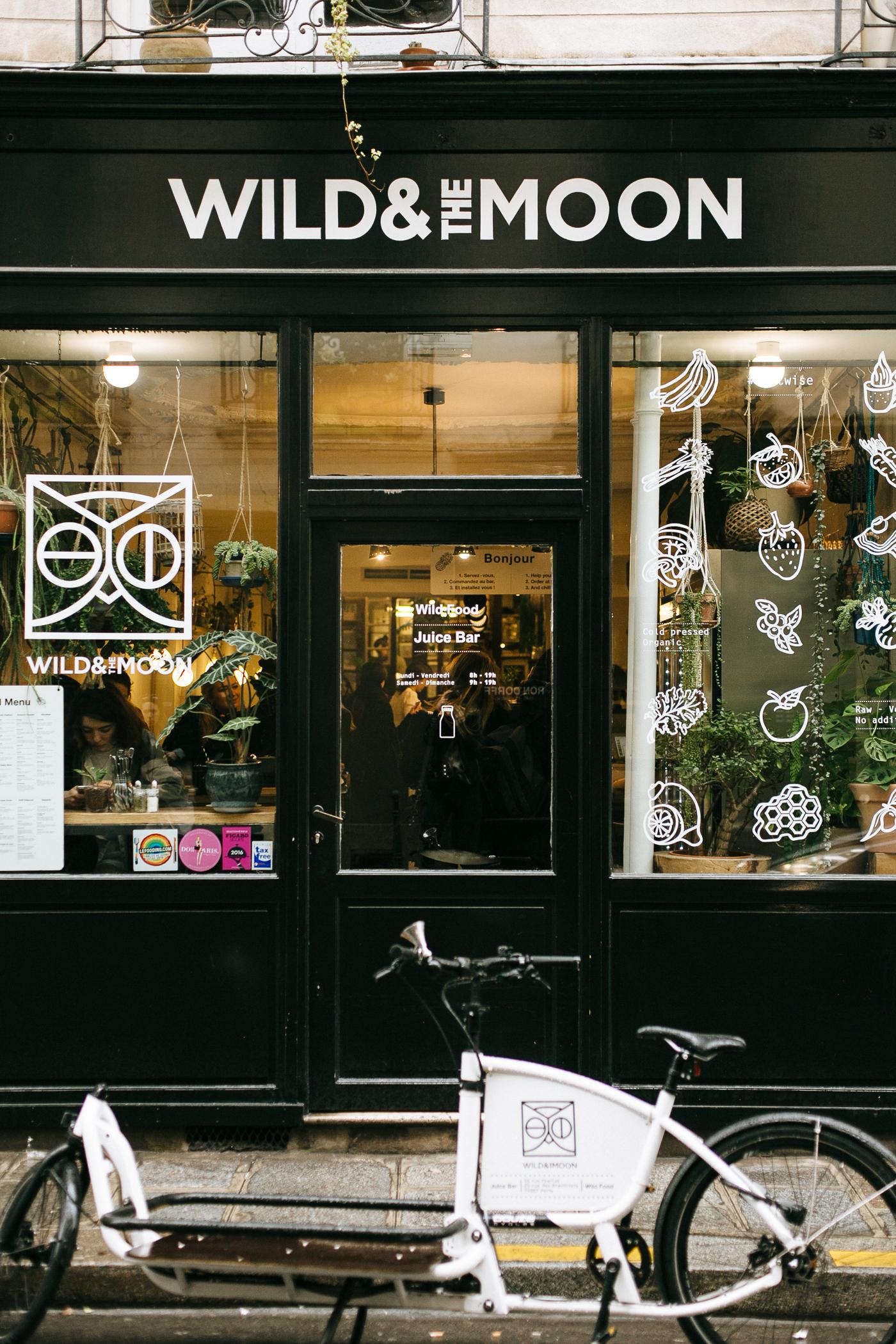 healthy breakfast & lunch in Paris: Wild & The Moon   Bikinis & Passports