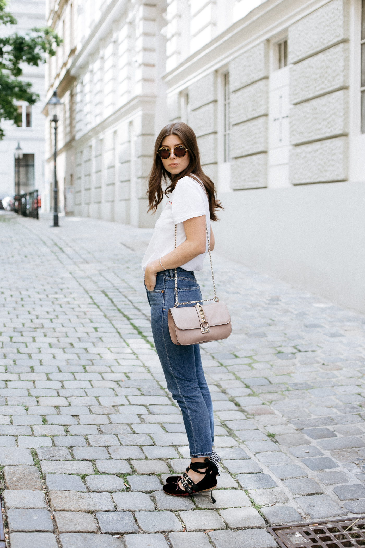 Outfit: A Gold E Jamie Mom Jeans | Bikinis & Passports
