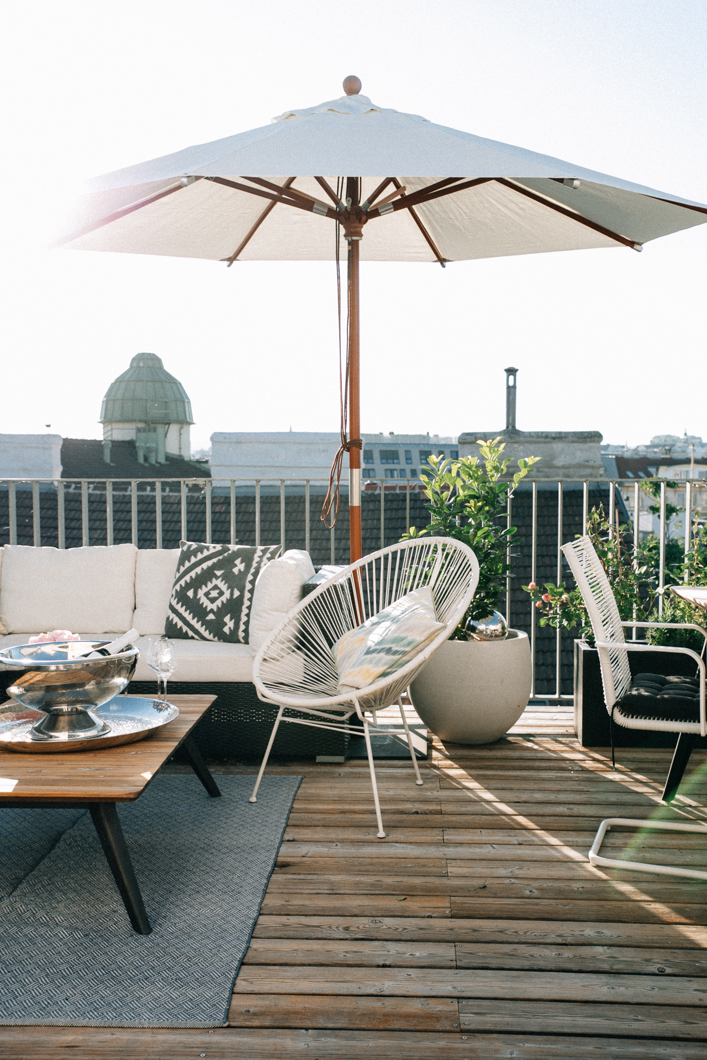 Outdoor Dining Area - Rooftop Inspiration | Bikinis & Passports